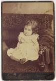 fotografie de cabinet Franz Mandy Bucarest Bucuresci fetita