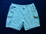 Pantaloni scurti Columbia. Marime 36: 90 cm talie, 47 cm lungime, 17 cm crac etc