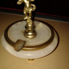 SCRUMOIERA VECHE CU MARMURA