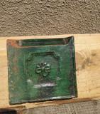 Cahlă veche de colț