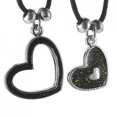 Colier pentru cupluri - inimi pe şnururi