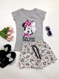 Pijama dama ieftina bumbac cu pantaloni scurti gri si tricou gri cu imprimeu MM Selfie
