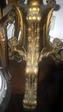 Mobila cuier pom baroc lemn placat cu foita aur patinata, ornamente bronz masiv