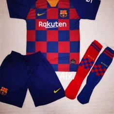 Compleu Echipament si Jambiere pt. copii Barcelona Messi 2020