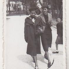 bnk foto - Sinaia - In parc - 1938