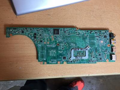 Placa de baza defecta Lenovo IdeaPad U430 Touch (M11) foto
