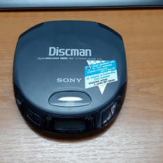 CD SONY D-151 , FUNCTIONEAZA .