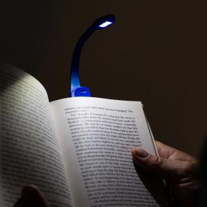 Lampa de carte flexibila cu clema Xtra Blue, TG by AleXer, 8190119, Plastic, Albastru, saculet si lupa incluse