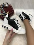 Adidasi dama albi cu negru cu platforma marime 36, 37, 40+CADOU