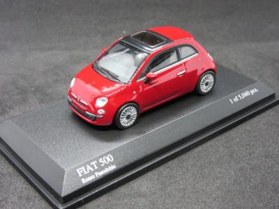 Macheta Fiat 500 Minichamps 1:64 foto