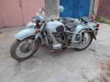 Motocicletă cu atas Dnepr MT11