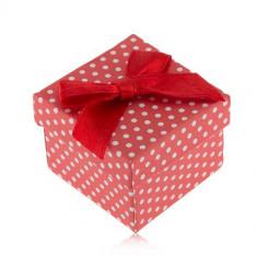 Cutiuță cu buline, alb cu roșu pentru un inel, fundiță lucioasă