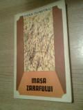 Dana Dumitriu (autograf) - Masa zarafului (1972) - defect: 8 pagini albe