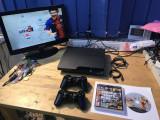 CONSOLA SONY PLAYSTATION 3 SLIM CECH-2004A  + 2 MANETE SONY  + GTA 5 + FIFA 13