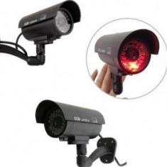 Pachet 4 camere false de supraveghere pentru a tine hotii departe de casa ta