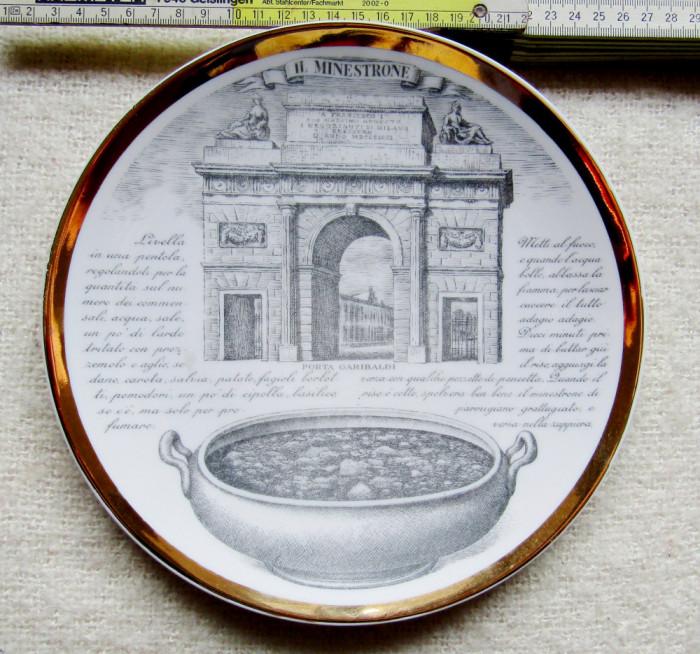 Portelan decorativ Piero Fornaseti.Farfurie Porta Garibaldi din Milano.Vintage.