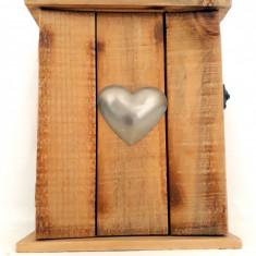 Cutie din lemn pentru chei facuta manual