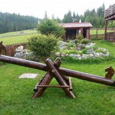 Balansoar rustic de gradina - mobilier gradina rustic pentru copii