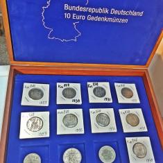 Lot monede vechi din argint in cutie numismatica, transport gratuit!!!