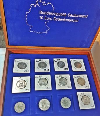 Lot monede vechi din argint in cutie numismatica, transport gratuit!!! foto