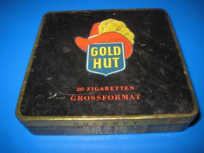 1690-Cutie GoldHut Germania tigarete veche metalica. foto