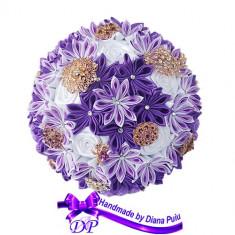 Buchet mireasa din flori satinate Handmade by Diana Puiu BNMS 3 mov-lila-alb