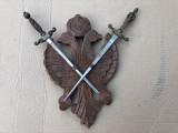 Panoplie veche,miniaturala ,belgiana sculptata doua sabii incrucisate