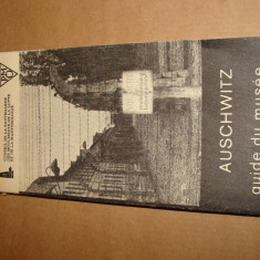 AUSCHWITZ 1940-1945 GUIDE-BOOK THROUGH THE MUSEUM - COLECTIV