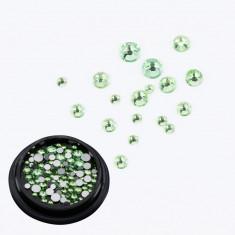 Cristale Swarovski pentru nail art 1-5mm - Verde