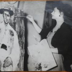 Fotografie originala , Luminita Andra Costea pictand Calusarul , 1976