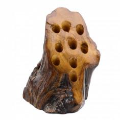 Suport din lemn unicat pentru pixuri