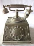Cumpara ieftin CASETA METALICA (PENTRU CARTI DE VIZITA?) / OBIECT DECORATIV IN FORMA DE TELEFON
