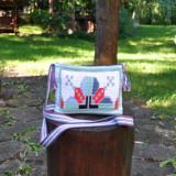 Cumpara ieftin geanta crosetata manual, ornamentata cu motivul popular din Moldova miez de nuca