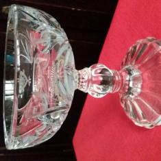 Bol ceremonial din cristal masiv cu emblema gravata