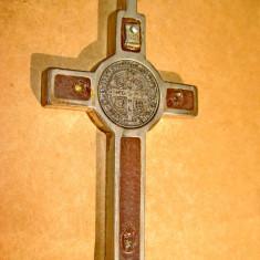5481-Cruce veche metal insertie lemn cca 1850-1900.