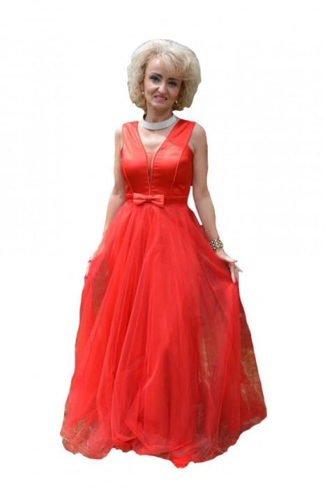 Rochie lunga de seara, rosie, din tul simplu cu interior satinat