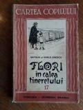 Flori in calea tineretului - Natalia si Vasile Enescu / R7P1F