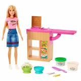 Cumpara ieftin Set Barbie Mattel Cooking and Baking - Pregateste noodles cu papusa si accesorii