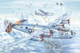 Cumpara ieftin 1:32 B-24J Liberator 1:32
