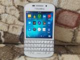 SMARTPHONE BLACKBERRY Q10 ALB FUNCTIONAL SI DECODAT.CITITI ATENT DESCRIEREA!, Neblocat