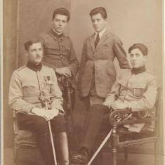 Fotografie ofiteri romani cu sabii 1922