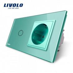 Intrerupator simplu cap scara / cap cruce + priza simpla Livolo rama din sticla verde