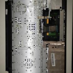 3449. Asus X550D Tastatura +touchpad+palmrest