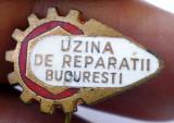 I.855 INSIGNA ROMANIA STICKPIN UZINA DE REPARATII BUCURESTI L18mm email