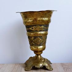 Pocal de bronz deosebit