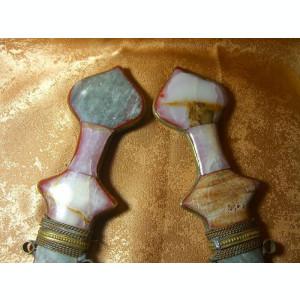 Islamica! Doua pumnale orientale pietre semi-pretioase, colectie