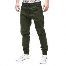Pantaloni pentru barbati verde casual cu banda jos siret P205