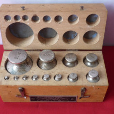GREUTATI DE CANTAR 12 PIESE ELECTROMETAL TIMISOARA 1954