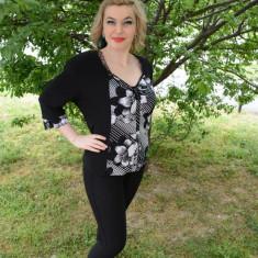 Bluze cu maneca trei-sferuri, material usor elastic, negre-albe