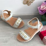 Cumpara ieftin Sandale albe cu perle / papuci de vara pt fetite marimea 30 35